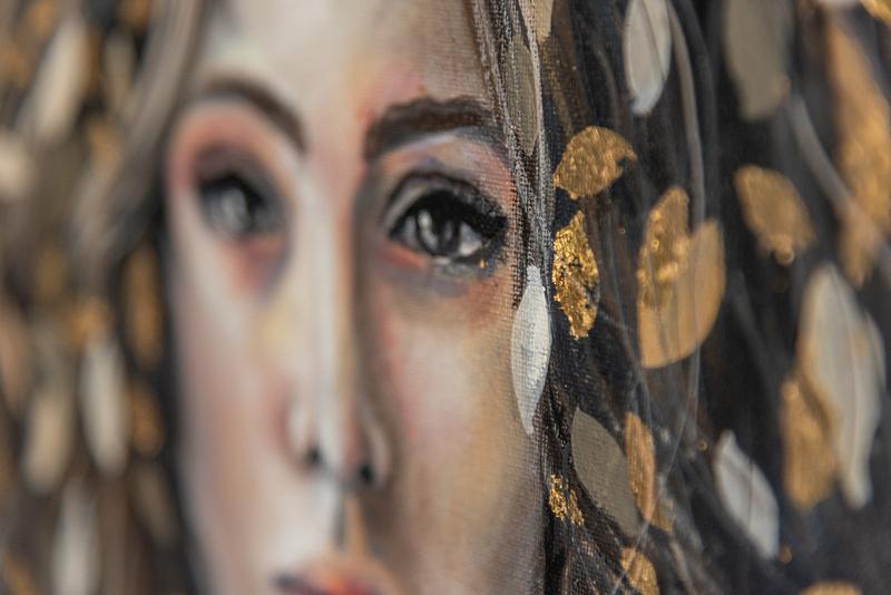 Free Detail - Jasmin Villiger